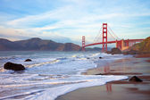 Golden gate bridge al tramonto — Foto Stock