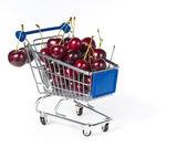 Metal, carrinho de compras cheio de framboesa — Foto Stock
