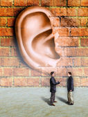 Muren hebben oren — Stockfoto
