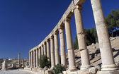 Ancient columns in Jerash, Jordan — Stock Photo
