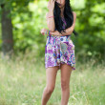 Attractive latin girl posing outdoor — Stock Photo #3506591