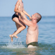 Cute kid and his dad in holiday — Stock Photo