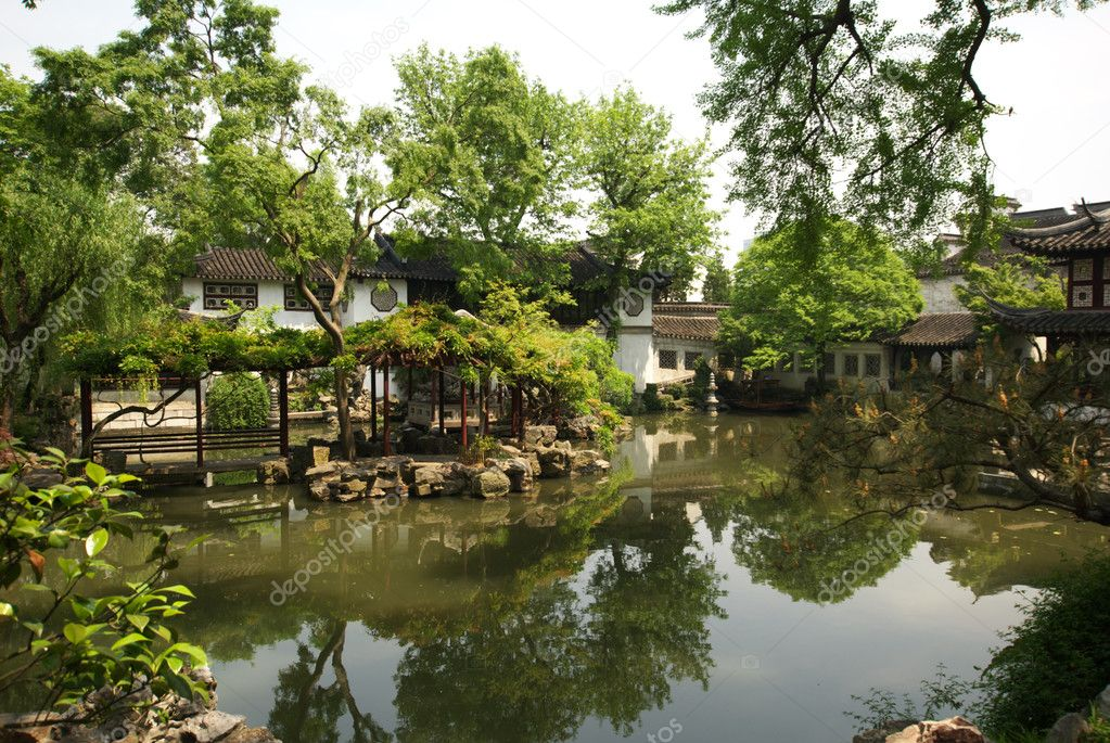 The Lingering Garden in Suzhou, China. It is a world heritage place. — Stock Photo #3880738
