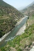 река в долине — Стоковое фото