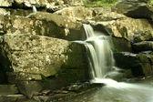 Flowing waterfall — Stock Photo