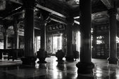 Traditional Chinese temple interior — Stock Photo