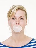 Girl with bubble gum — Stok fotoğraf