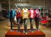 Tienda de moda adolescente — Foto de Stock