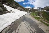 Estrada na Suíça Alpes — Fotografia Stock