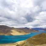Yamdrok river, tibet — Stock Photo #2764180