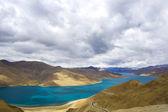 Rivière d'yamdrok, tibet — Photo