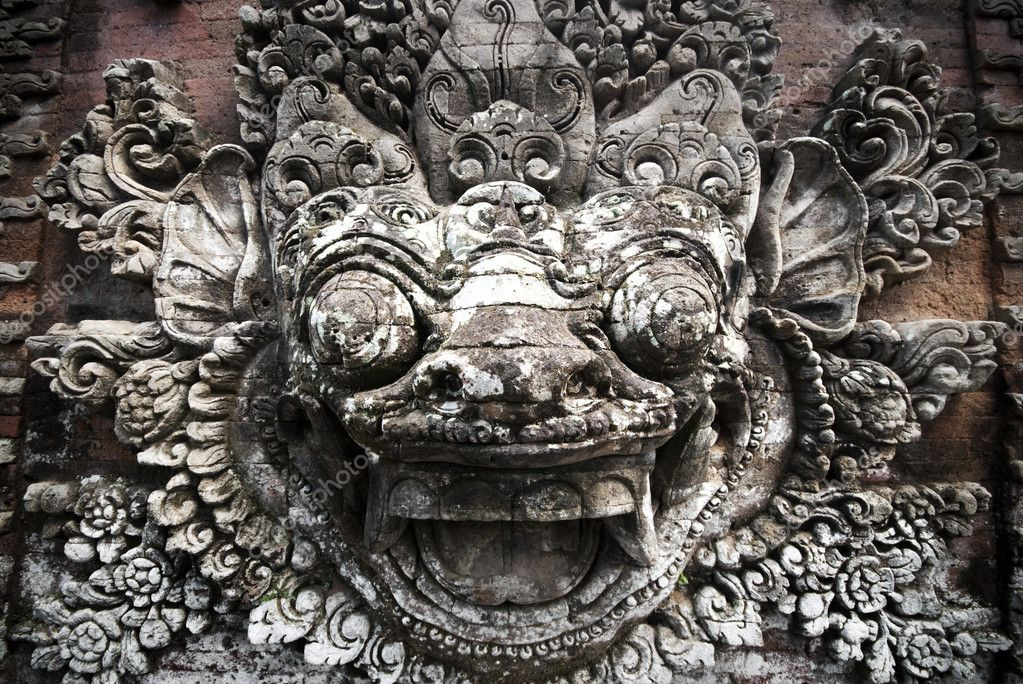 Balinese stone sculpture — stock photo szefei