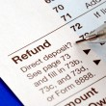 Постер, плакат: Getting refund from the tax return
