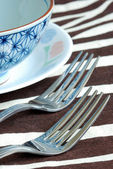 Getting ready for the meal time with utensil on the placemat — Stock Photo