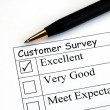 Customer fills in the feedback survey — Stock Photo