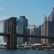 Brooklyn Bridge with Downtown Manhattan as background — Stock Photo