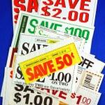 stapel van coupons concepten van geld te besparen — Stockfoto