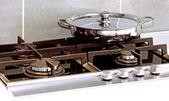 кастрюлю на плиту — Стоковое фото
