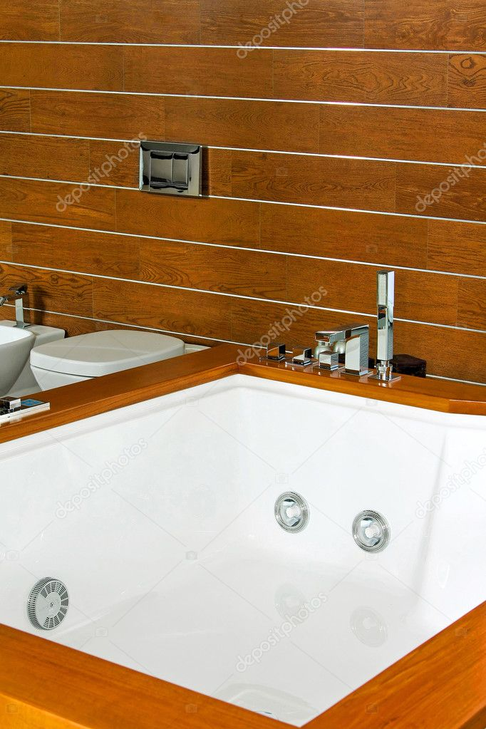 Big modern spa with wooden background wall — Stock Photo #2979532