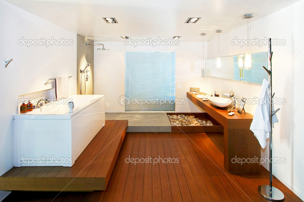 Big bathroom with wooden floor in natural style — Stock Photo #3037235