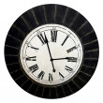 Старые часы изолированные — Стоковое фото