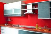 Kuchyňský pult červená — Stock fotografie