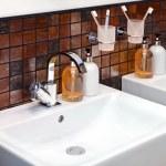 Bathroom sink — Stock Photo #3508188