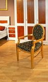 Cadeira vintage ouro — Fotografia Stock