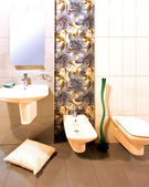 Floral bathroom — Stock Photo