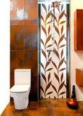 Leaf toilet — Stock Photo