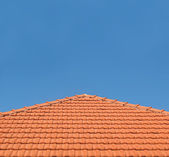 Tiled Rooftop on Blue Sky — Stock Photo