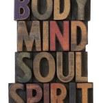 corps, esprit, âme, esprit dans les types de bois — Photo