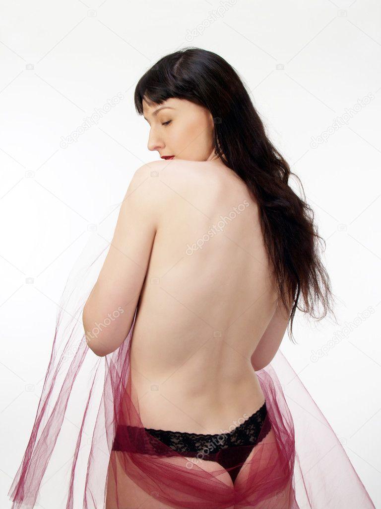 Mujeres desnudas con cabello oscuro