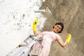 Parede de pintura de uma mulher forte — Fotografia Stock