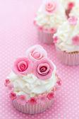 Rose cupcakes — Stock Photo