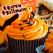 Foto Stock: Happy Halloween cupcake