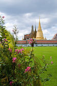 Thai buddhist temple Wat phra kaeo — Photo