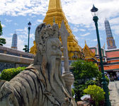 Traditional thai statue at grand palace — 图库照片
