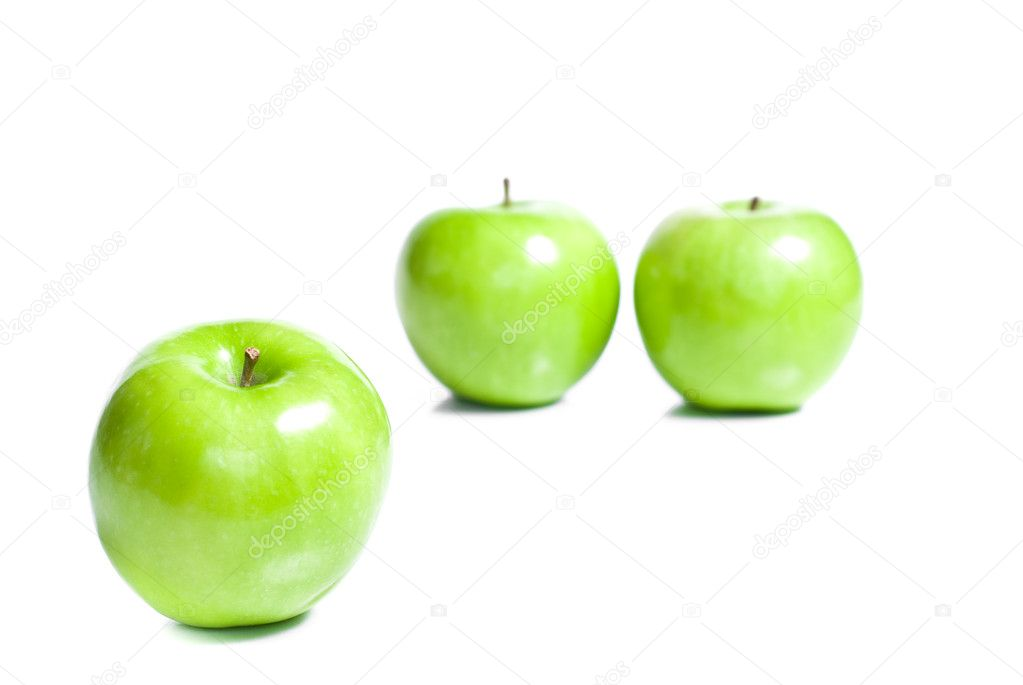 Fresh green apples isolated on white background  — Stock Photo #3261913