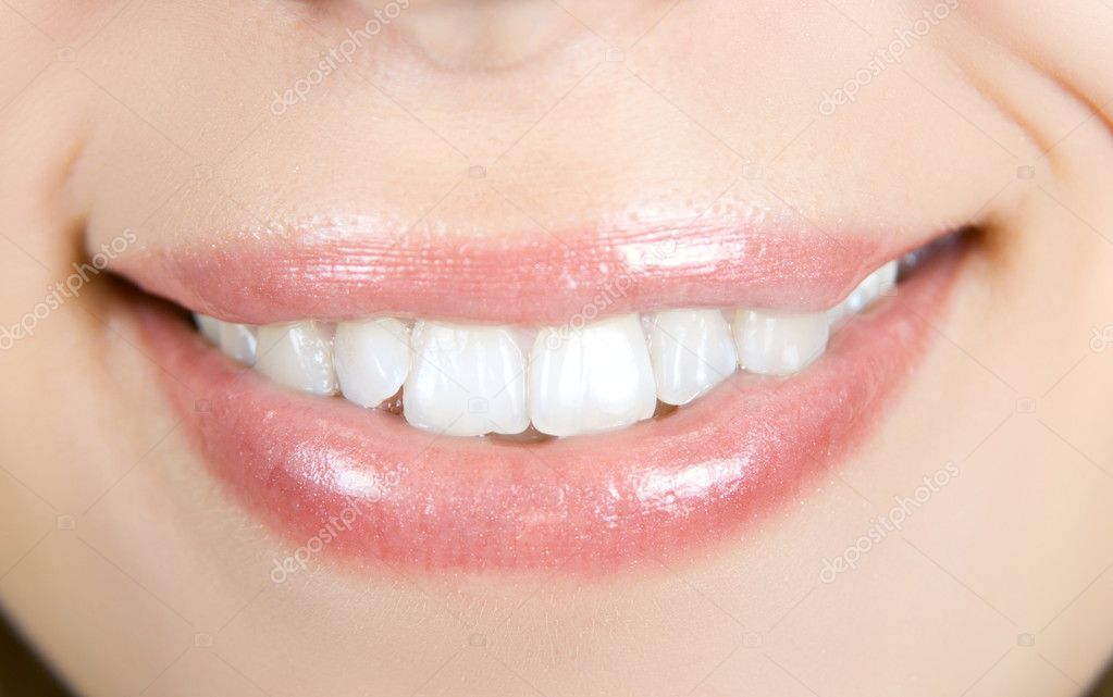 Smiling woman mouth with white teeth closeup — Stock Photo #2765473