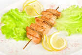 Salmon kebab closeup — Stock Photo