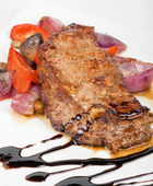 Beef steak with vegetable — Stock Photo