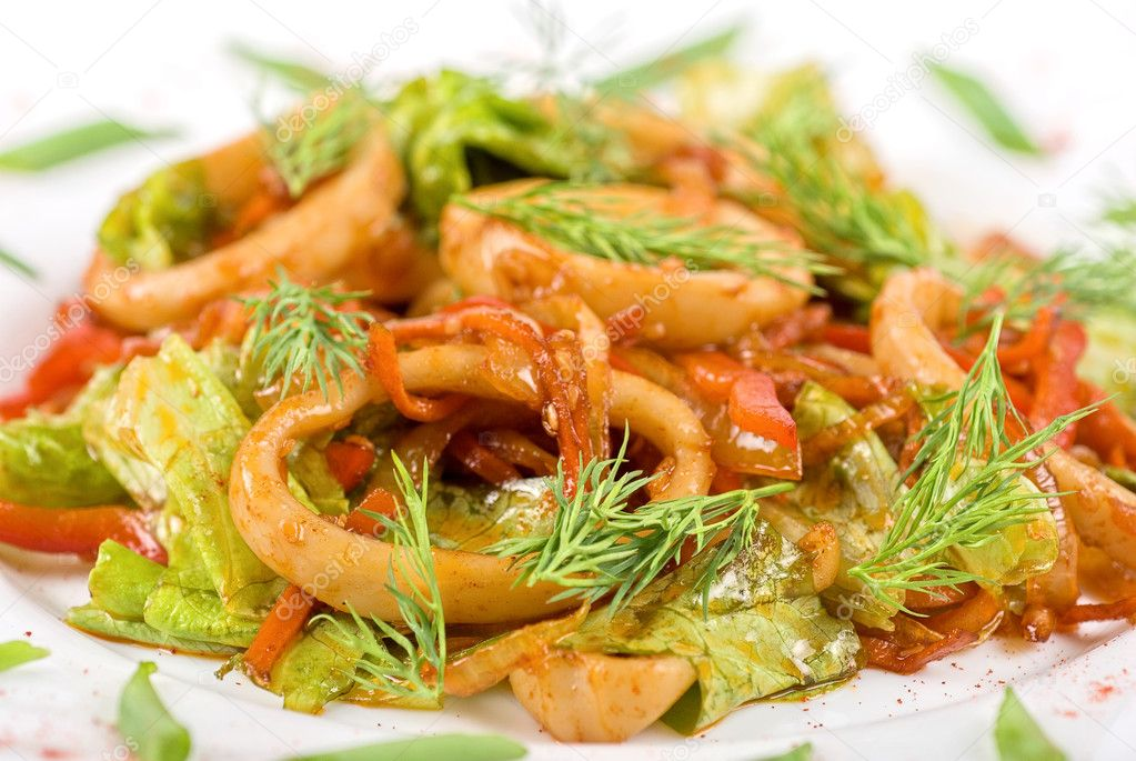 Seafood salad with squid and vegetables closeup — Stock Photo #3280582