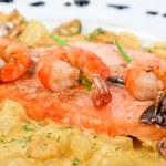 Salmon fish and seafood — Stock Photo
