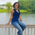 Beautiful African-American Woman — Stock Photo #3737547