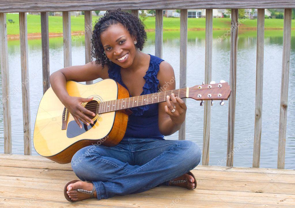 美丽的非洲裔美国女人
