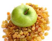 Raisin and apple. — Stock Photo