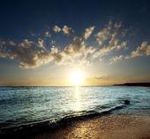 Sea scene on sunset — Stock Photo