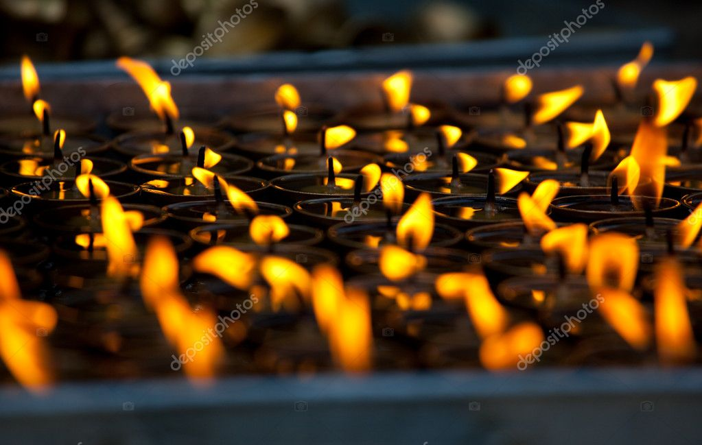 Candles at  temple — Stock Photo #3044592