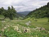 Travel to mountains — Stock Photo